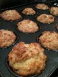 Cheese & tomato muffins