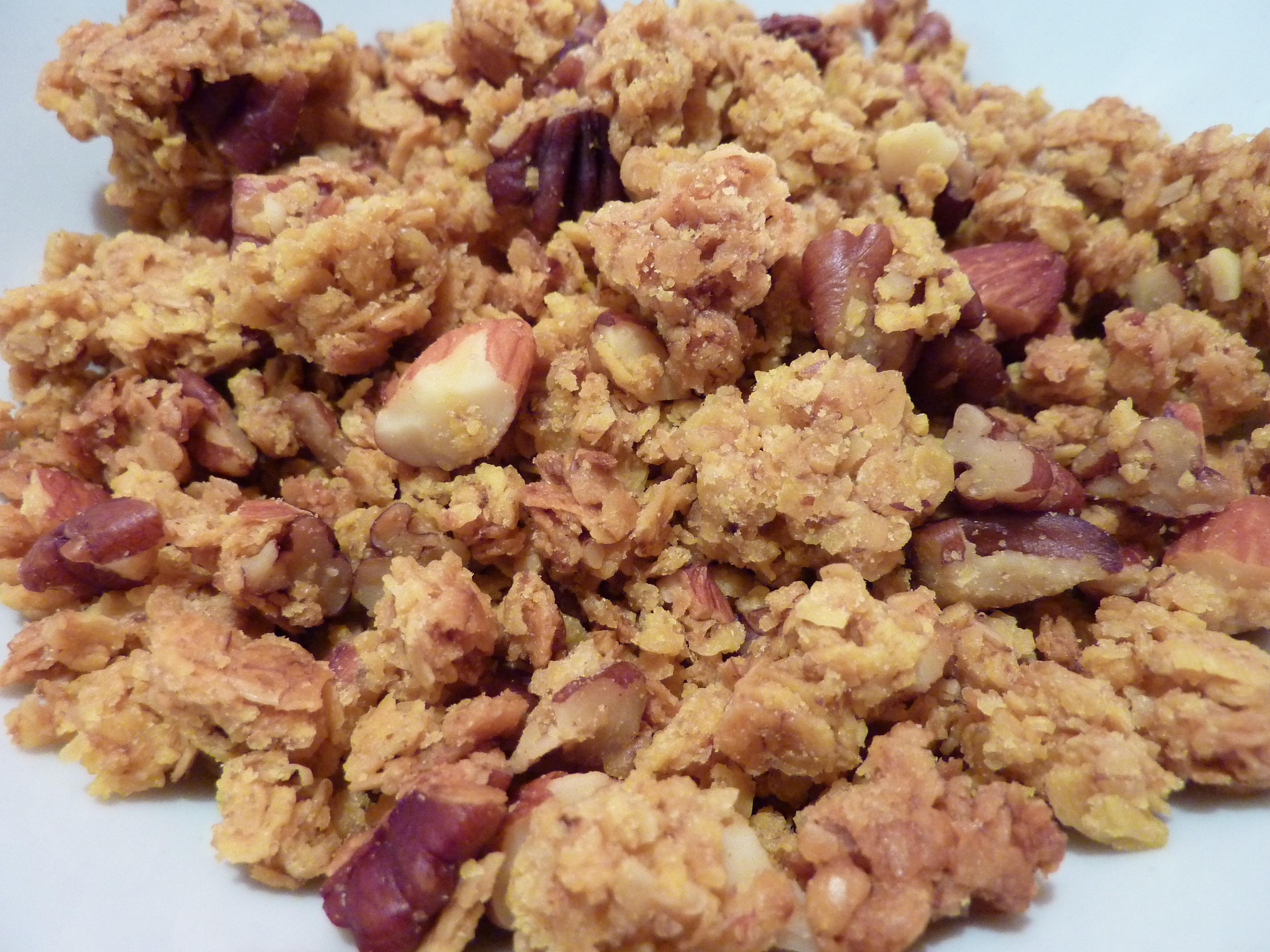Maple Pecan Granola | Bessie's Veggie Kitchen
